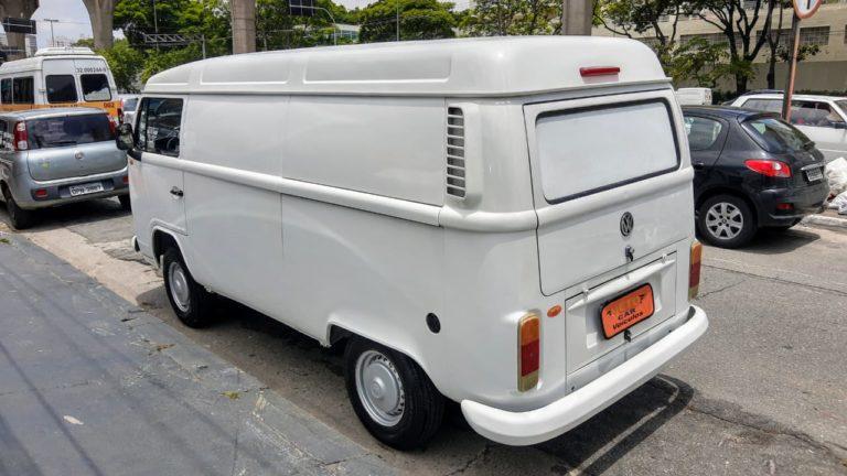 VW KOMBI FURGÃO 1.4 *ÚNICO DONO*
